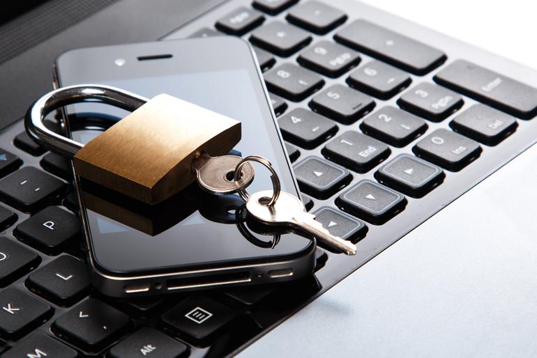 Smartphone Am Arbeitsplatz Was Ist Erlaubt Dgb Rechtsschutz Gmbh